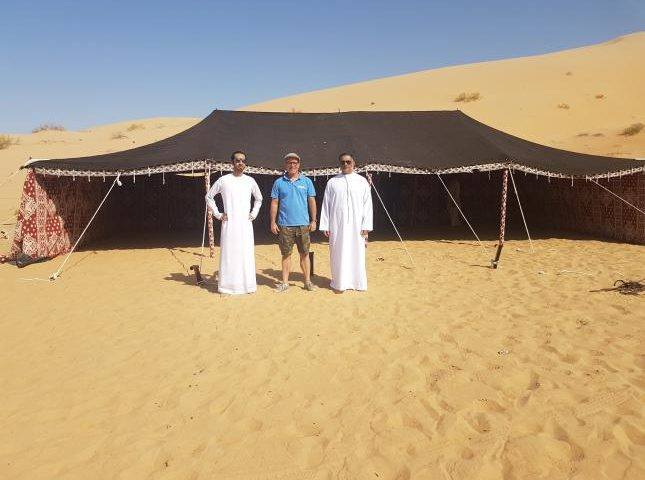 Rigging a traditional bedouin tent