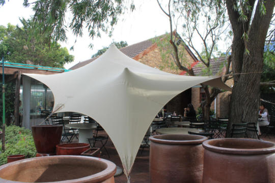 15 CUSTOM STRETCH TENT RESTAURANT CHINO