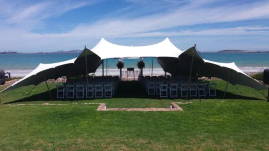 Stretch-tent-for-wedding-ceremony
